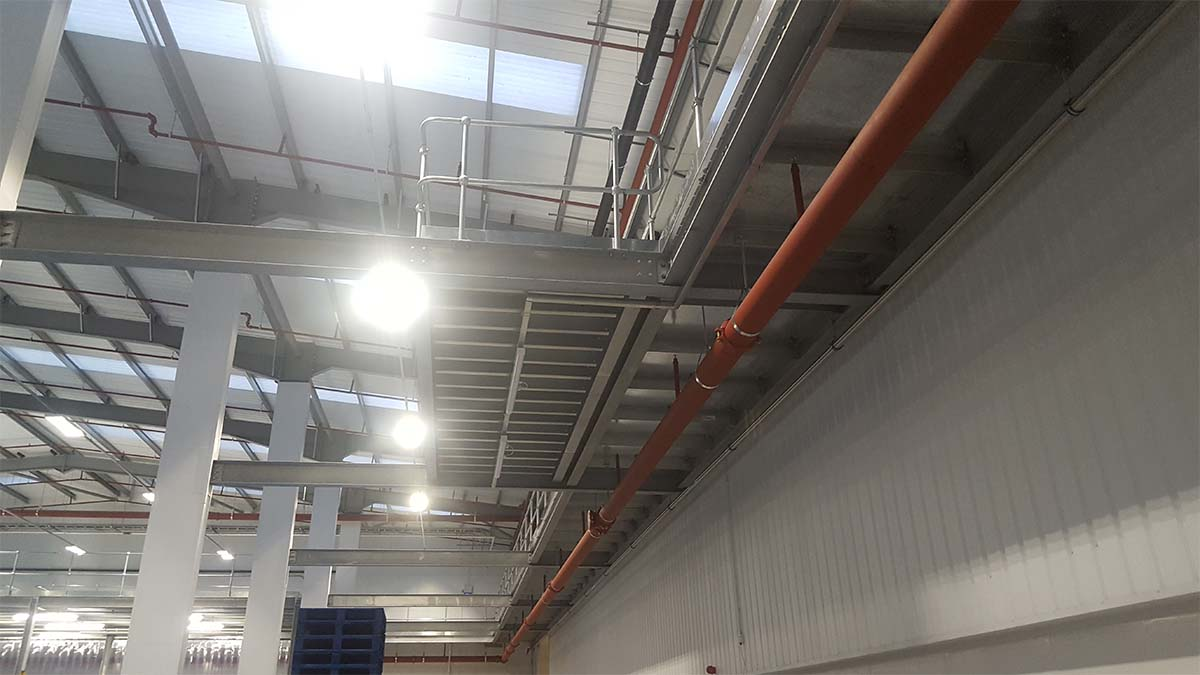 Mezzanine storage platform